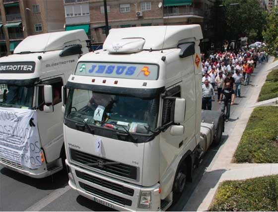 Manifestación de camioneros en Granada