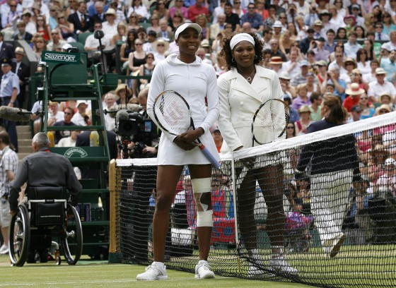 La pequeña de las hermanas Williams consigue su tercer título en el All England Club.  Foto: Agencias