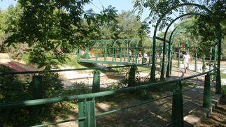 Pasarela en los Jardines del Guadalquivir.  Foto: Belén Vargas