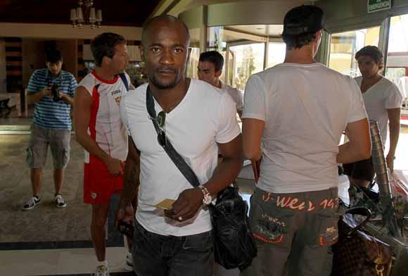 Zokora, a su llegada a la concentración del Sevilla.