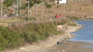 El abandono y el vandalismo deterioran seriamente la laguna
