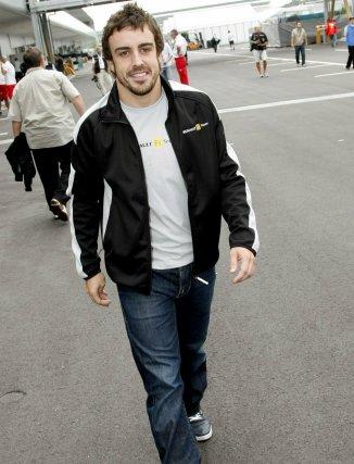 Alonso espera acabar su carrera en Ferrari