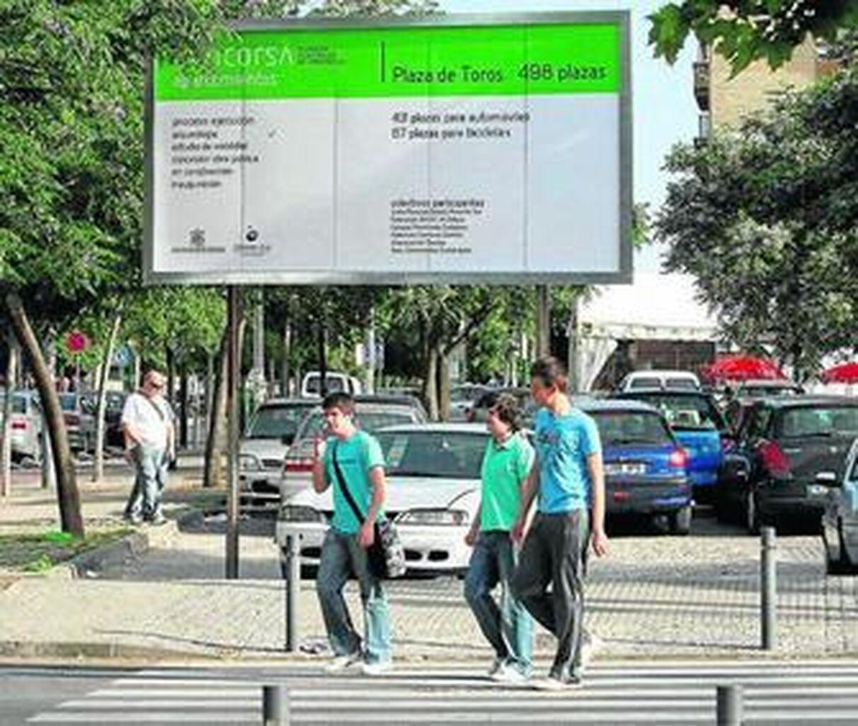 Los parking de Renfe, Ciudad Jardín y Lepanto costarán 75 euros al mes