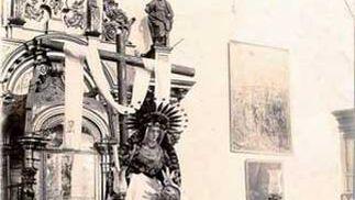 1906. Los titulares de la Mortaja salieron por las fiestas de Santa Marina.