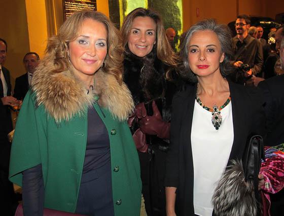 Myriam Núñez, Cristina Salazar, de Eddea, y la empresaria Cuqui Castellanos.  Foto: Victoria Ramírez