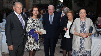 José Bohórquez, Isabel de León, Carlos Oriol, Pilar Crespi y Teresa Reina.
