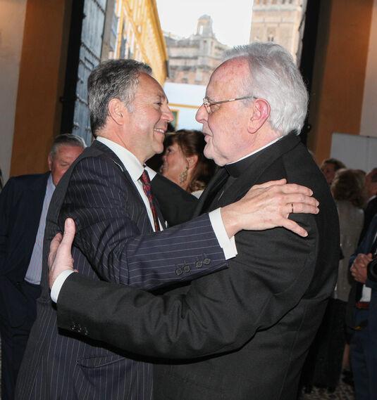José Joly con el cardenal Amigo.