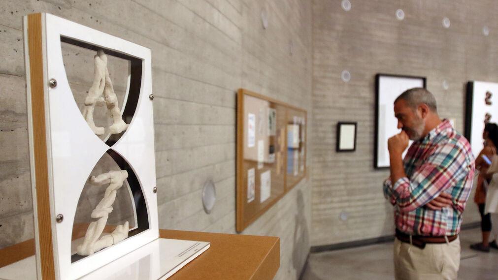 Exposición 'Constelaciones, poesía visual y experimental en España'.