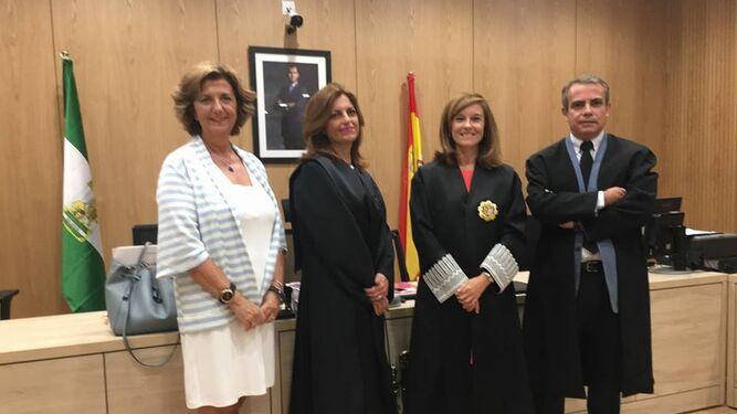 Miembros de la primera vista de la Ciudad Justicia, celebrada en el juzgado de Primera Instancia número 9.