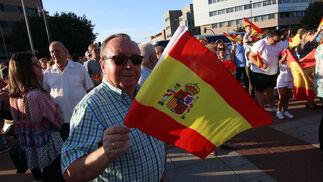 Las imágenes de la concentración en defensa de la Guardia Civil y de la unidad de España