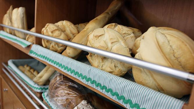 Una muestra de los panes que se pueden comprar en el Horno San Basilio.