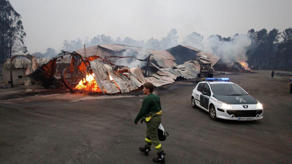 Los incendios declarados en Galicia, en imágenes