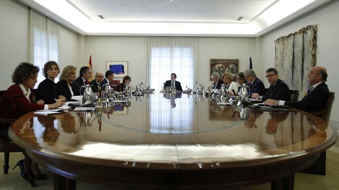 Los ministros reunidos con Rajoy para activar el 155