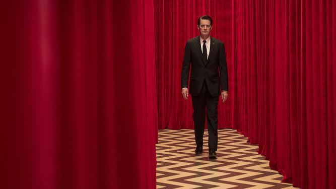 1. Kyle MacLachlan, en la tercera entrega de 'Twin Peaks', la serie televisiva creada por David Lynch y Mark Frost. 2. Daniel Kaluuya, en 'Déjame salir'. 3. Una imagen de 'Call me by your name', del italiano Luca Guadagnino. 4. Una de las joyas del año: 'Lumière! La aventura comienza'. 5. Fotograma de 'El otro lado de la esperanza', de Aki Kaurismäki. 6. Una imagen de 'Napalm', del maestro Claude Lanzmann. 7. Plano de 'Zama', el extraordinario último trabajo de la argentina Lucrecia Martel.