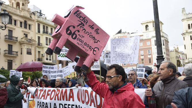 Cabeza de la manifestación por las pensiones.