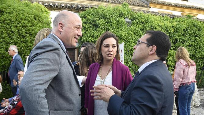 Antonio Ruiz, Isabel Ambrosio y Juan Ruz.