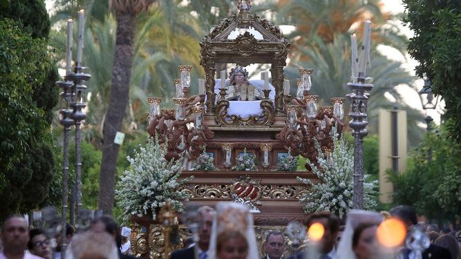 Imagen de la procesión de la Virgen del Tránsito del pasado 15 de agosto de 2017.