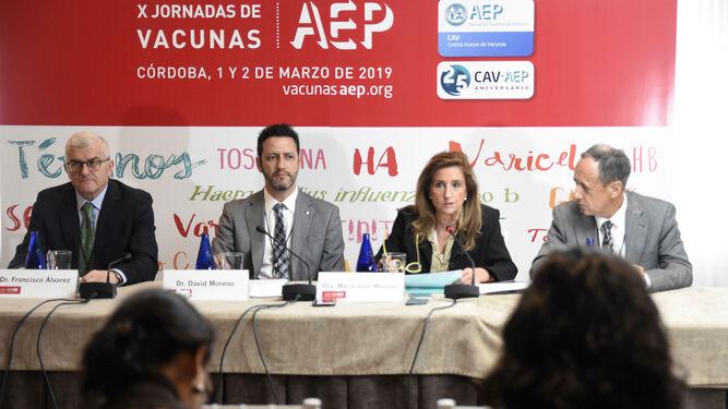 Calendario Vacunas 2020 Andalucia.Jornadas De La Asociacion Espanola De Pediatria Pediatras Alertan De