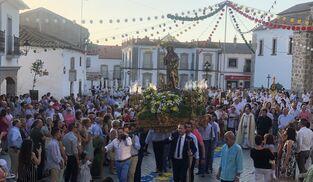 San Roque, en la plaza de la Villa en Dos Torres.