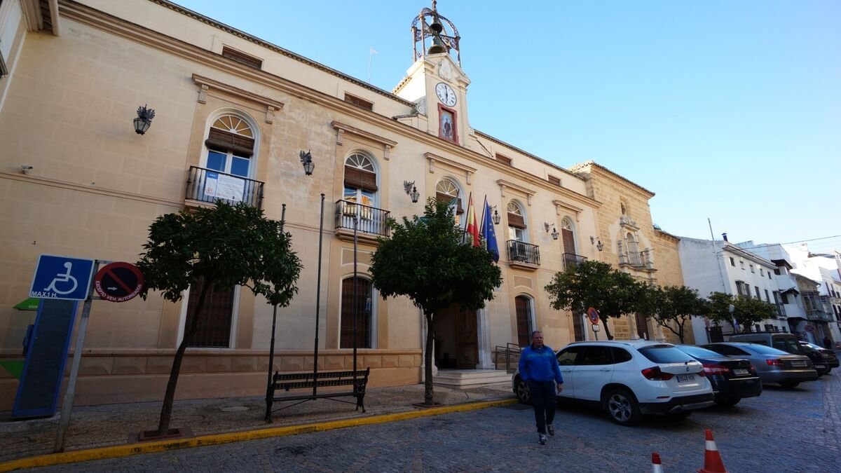 """El alcalde de Montilla critica la """"falta de determinación"""" de la Junta en la gestión de los brotes de coronavirus"""