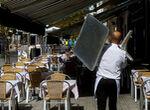 Sevilla, Jaén y Córdoba, con bares cerrados a las 22 horas; Granada, en toque de queda