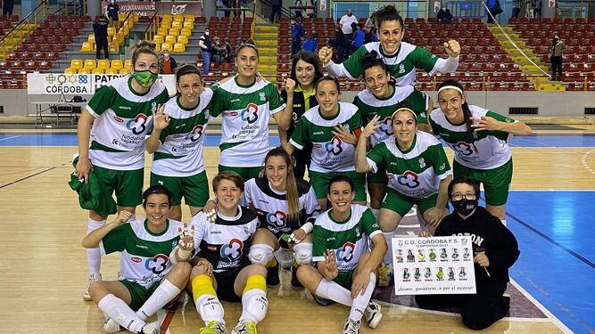 Las chicas del Deportivo Córdoba celebran el triunfo sobre el filial del Torreblanca.