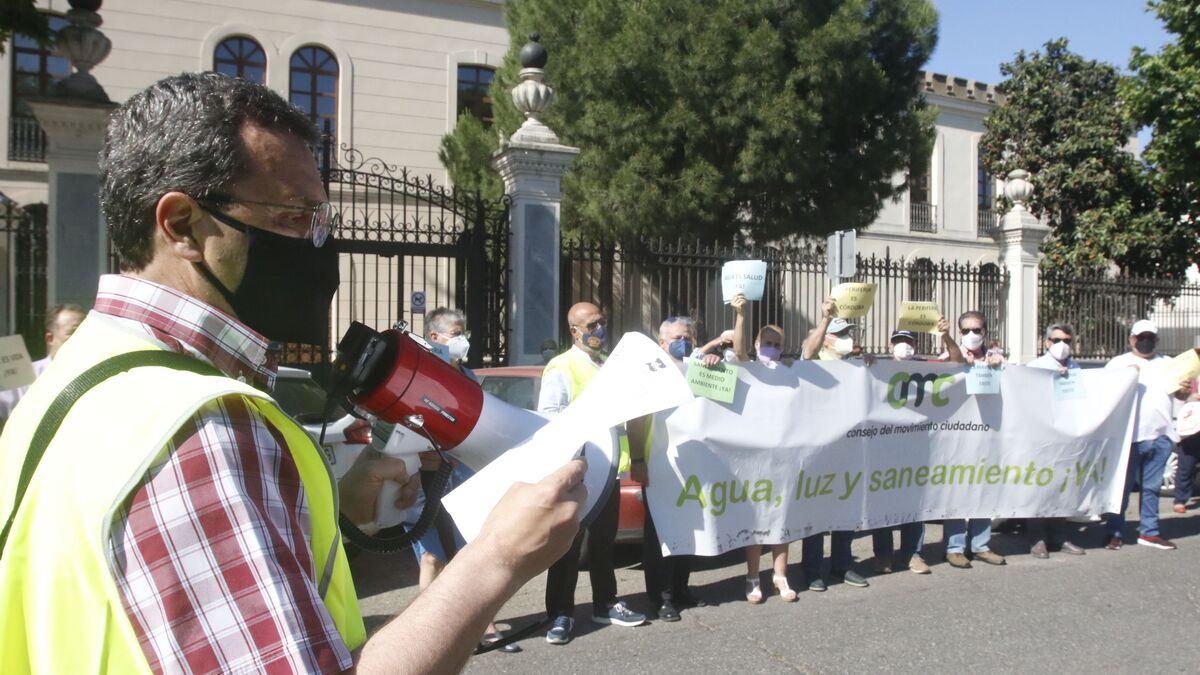 Los vecinos de las parcelas de Córdoba piden a Urbanismo la dotación urgente de servicios básicos