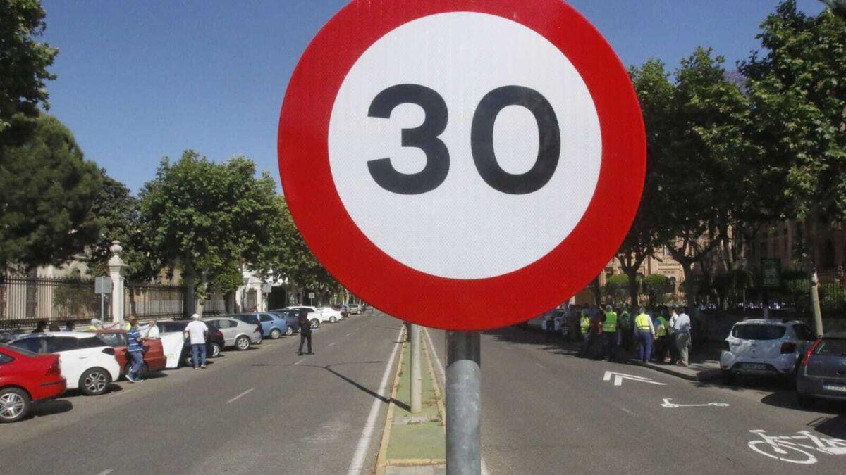 Más de 100 calles de Córdoba verán reducida su velocidad a 30 kilómetros por hora