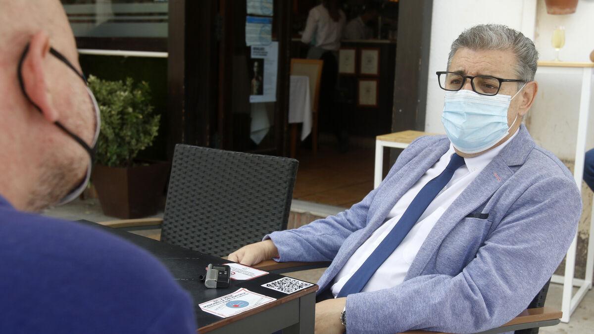 Julián Hurtado de Molina durante un momento de la entrevista.