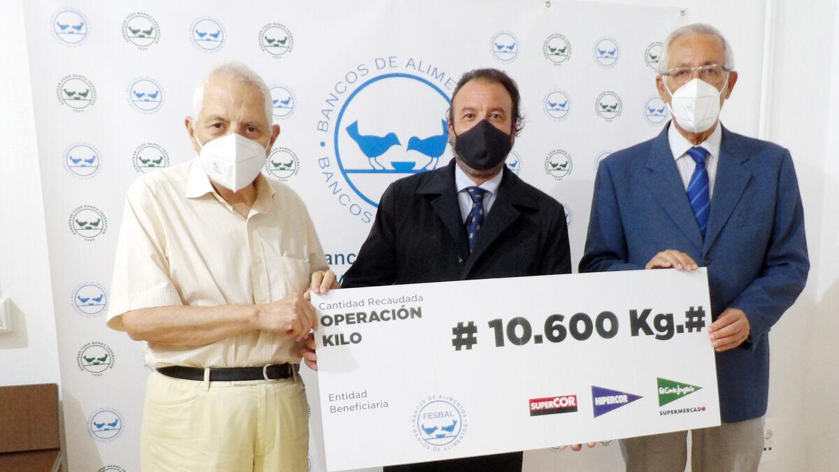 El Banco de Alimentos de Córdoba recibe las donaciones de la Operación Kilo de El Corte Inglés